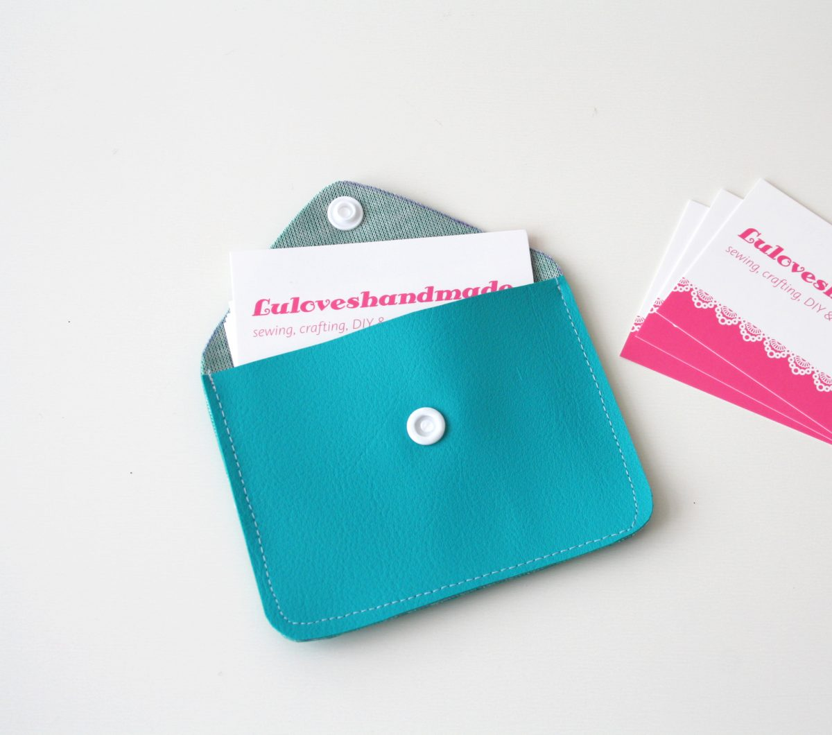 DIY with KAMSnaps: Faux Leather Business Card Holder - Luloveshandmade