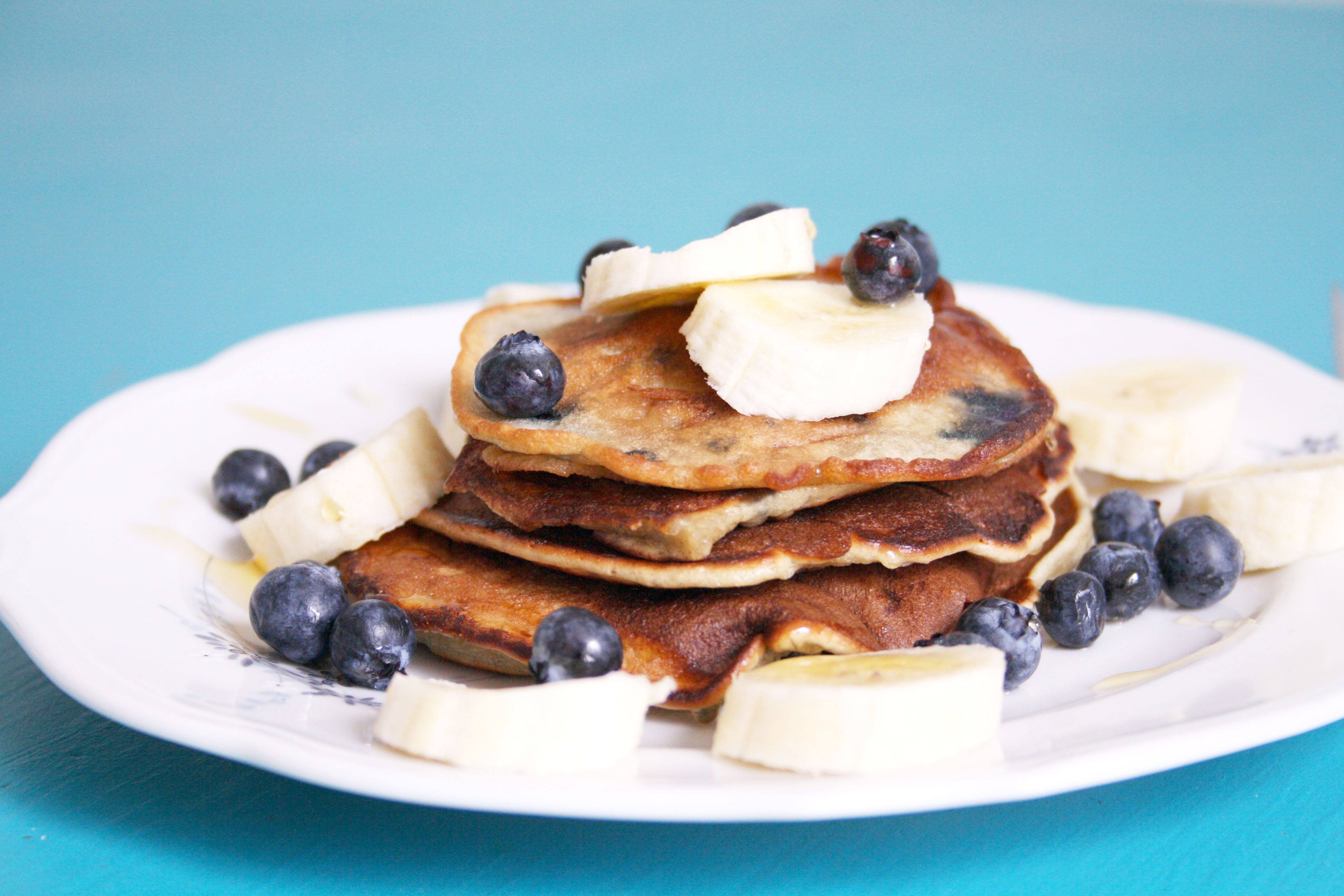 Recipe: Blueberry-Banana Pancakes
