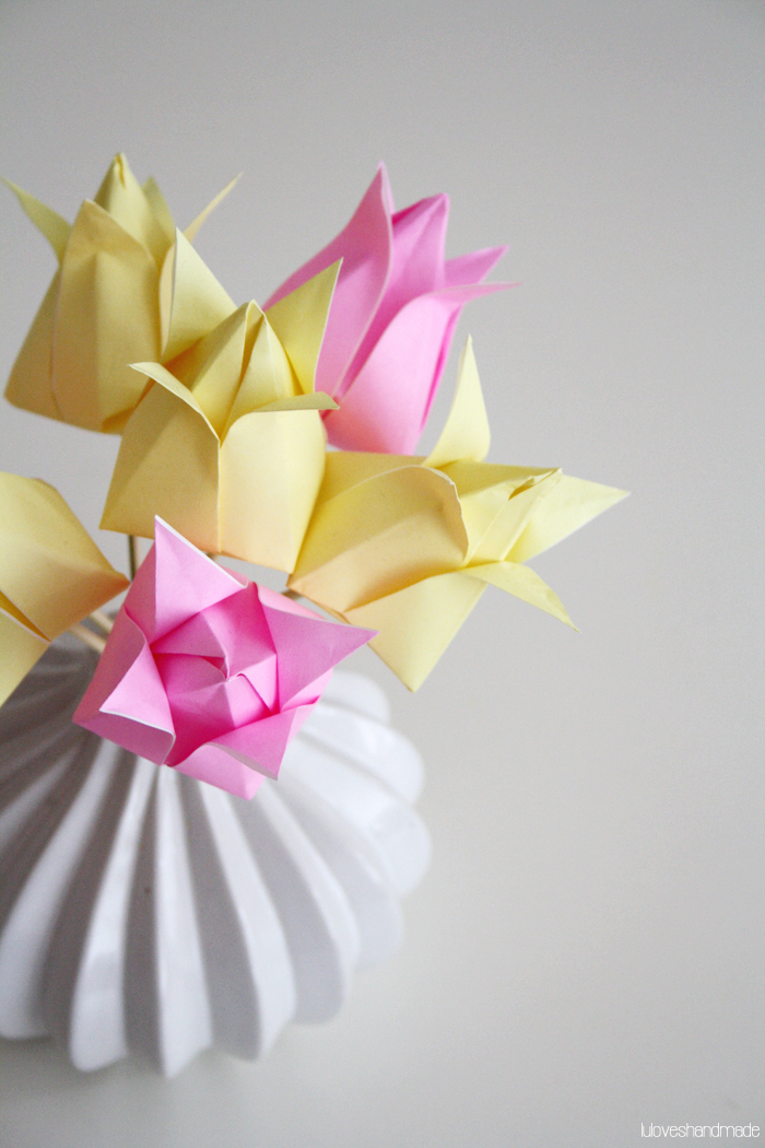 How to Make Origami Flowers - Origami Tulip Tutorial with Diagram ... | 1050x700