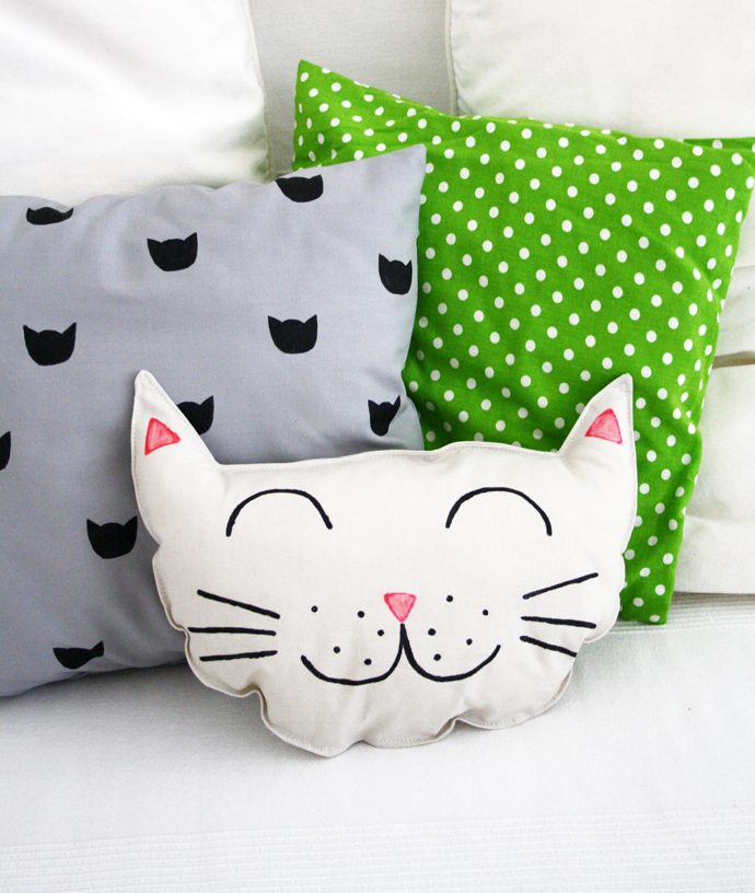 Diy Kitty Cat Pillow Set Sewing And Printing Project