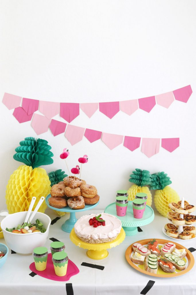 A Colorful Summer Craft Party