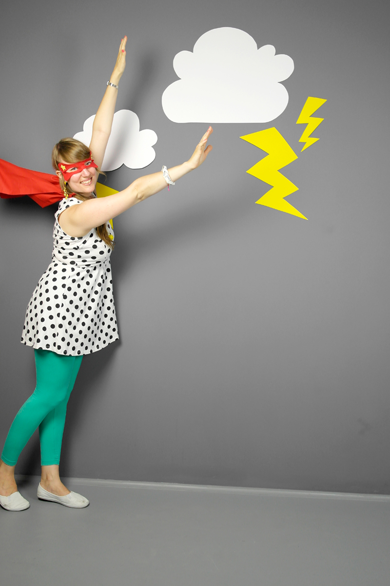 Luloveshandmade-Easy DIY Costumes-Kostüm selbermachen-2a-Superhero