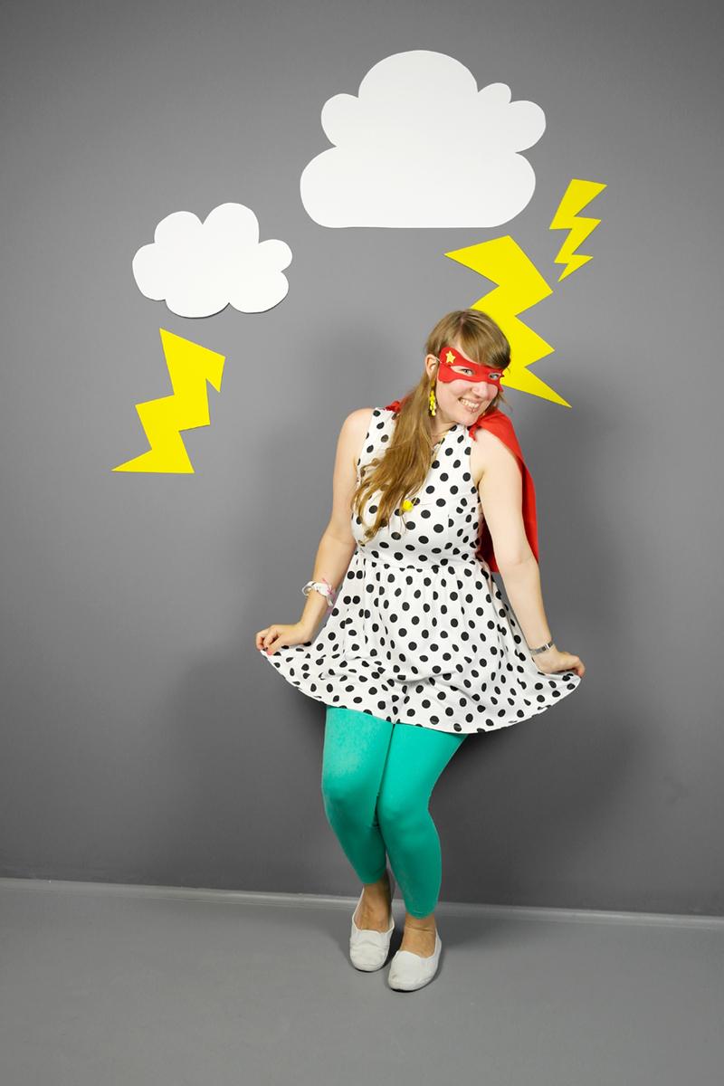 Luloveshandmade-Easy DIY Costumes-Kostüm selbermachen-2b-Superhero
