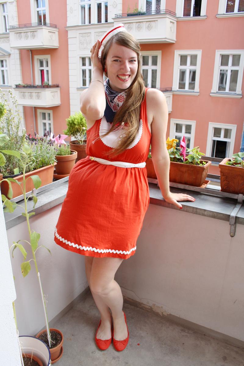 Luloveshandmade-Easy DIY Costumes-Kostüm selbermachen-6a-Matrosin