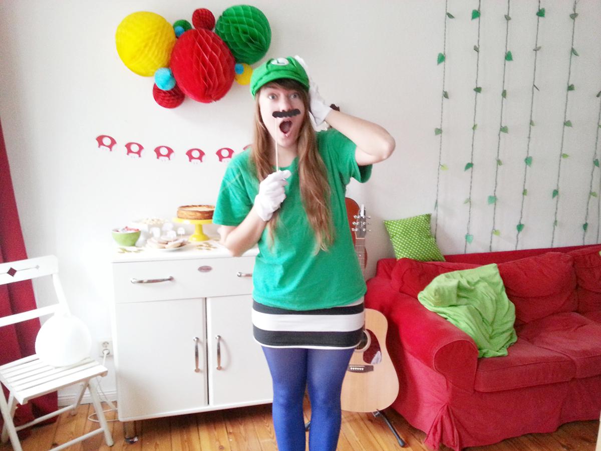 Luloveshandmade-Easy DIY Costumes-Kostüm selbermachen-7-Luigi-Super Mario